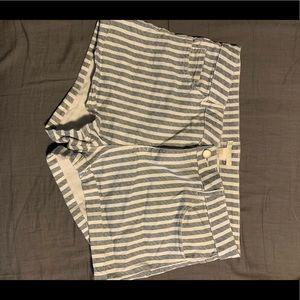 H&M Mid-rise shorts